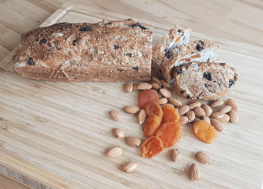 Healthy Recipes: Nut Fruit Spelt Rice Bread