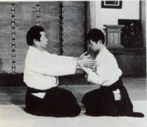 abbildung: morihiro saitō bei einer kokuyo-ho demonstration